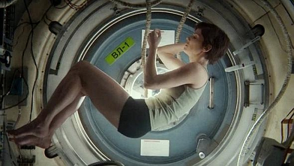 gravity movie 03