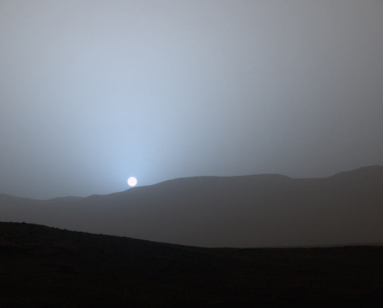 sunset_on_mars_curiosity_probe
