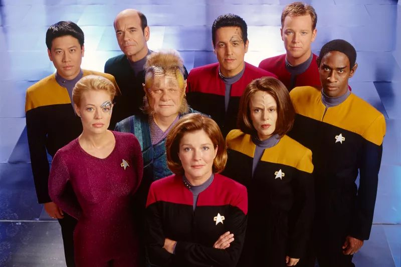 star_trek_voyager_cast